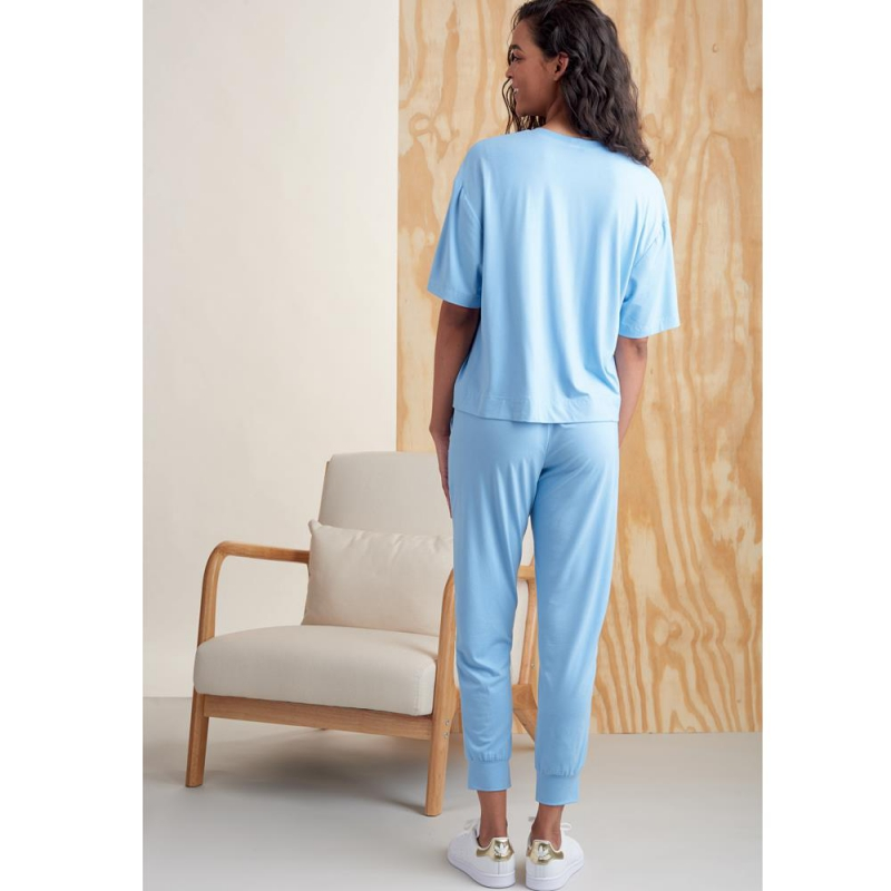 8768 simplicity womens fantasy coat pattern 8768 e